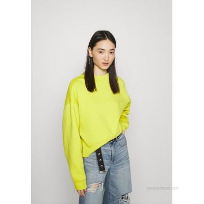 Nike Sportswear CREW TREND Sweatshirt high voltage/(white)/light green