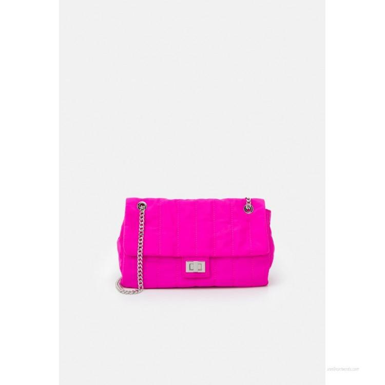 PARFOIS CROSSBODY BAG CHUCK M Across body bag fuchsia/pink