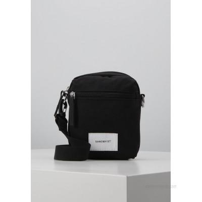 Sandqvist SIXTEN - Across body bag - black