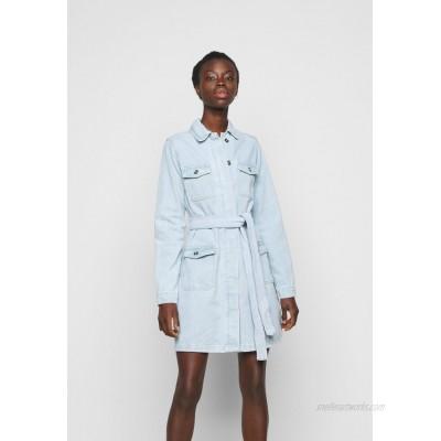 Missguided Tall UTILITY POCKET BELTED DRESS Denim dress light blue