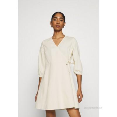 Vero Moda WRAP Denim dress birch/offwhite